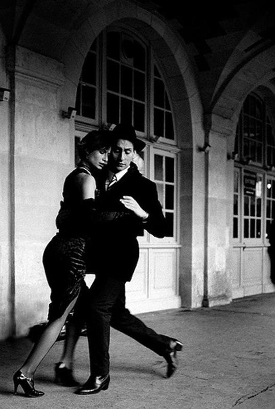 tango_black_WesterW